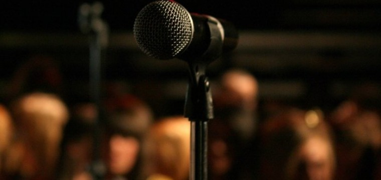 10 Questions to Ask a Keynote Speaker before Hiring Them